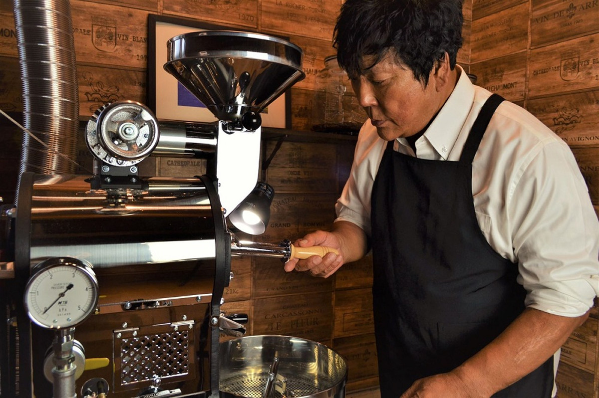 ラオス産コーヒーの輸入焙煎事業を始めた大仁田厚