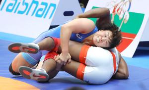 皆川博恵(2019年、カザフスタンでのレスリング世界選手権)