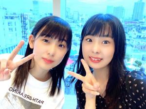 仲良し姉妹として知られる和田あき女流初段(右)と和田はな新女流2級