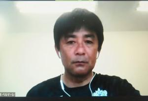 オンラインで取材に応じた湘南の浮嶋敏監督