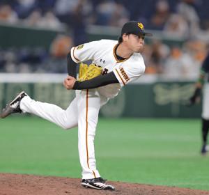 7回から2番手でマウンドに上がった高梨雄平