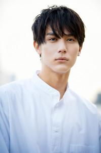 負けず劣らずの犬バカぶりを発揮する「犬部」メンバー役の中川大志