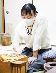 女流2級の資格を取得した野原未蘭さん(日本将棋連盟提供)