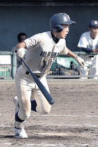 5打数5安打3打点と活躍した掛川西・松浦
