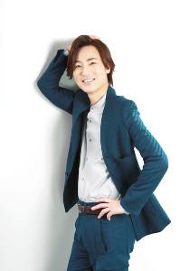 デビュー20周年を迎えた演歌歌手の山内惠介