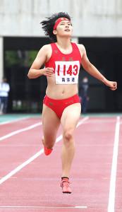 13日の札幌選手権で200メートルを制した立命館慶祥高・石堂