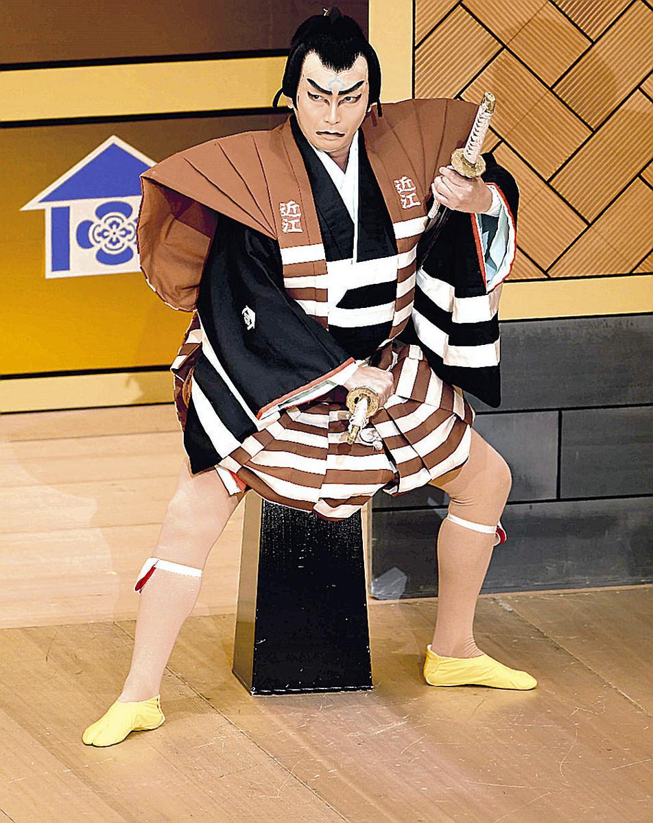 りりしい表情で「寿曽我対面」の近江小藤田を演じる坂東亀蔵(C)松竹