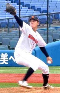 ダイナミックなフォームで投じるENEOS・藤井投手