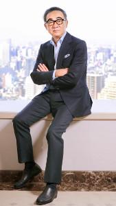 小説は集中もできて散漫にもなれる仕事場で書いているという池井戸潤さん