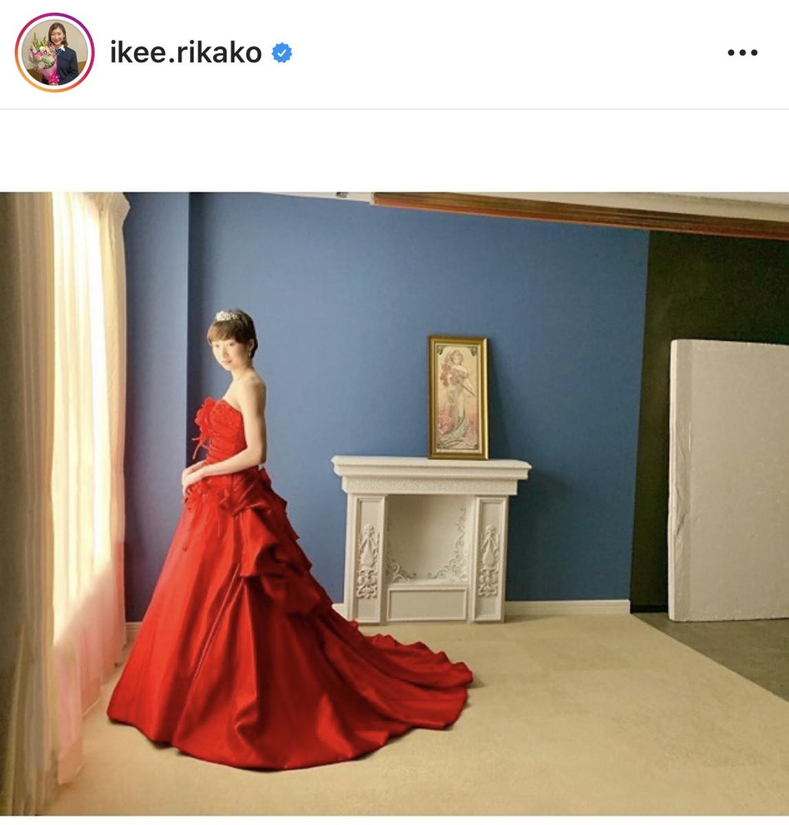 真っ赤なドレス姿の写真を公開した池江璃花子のインスタグラム(@ikee.rikakoより)