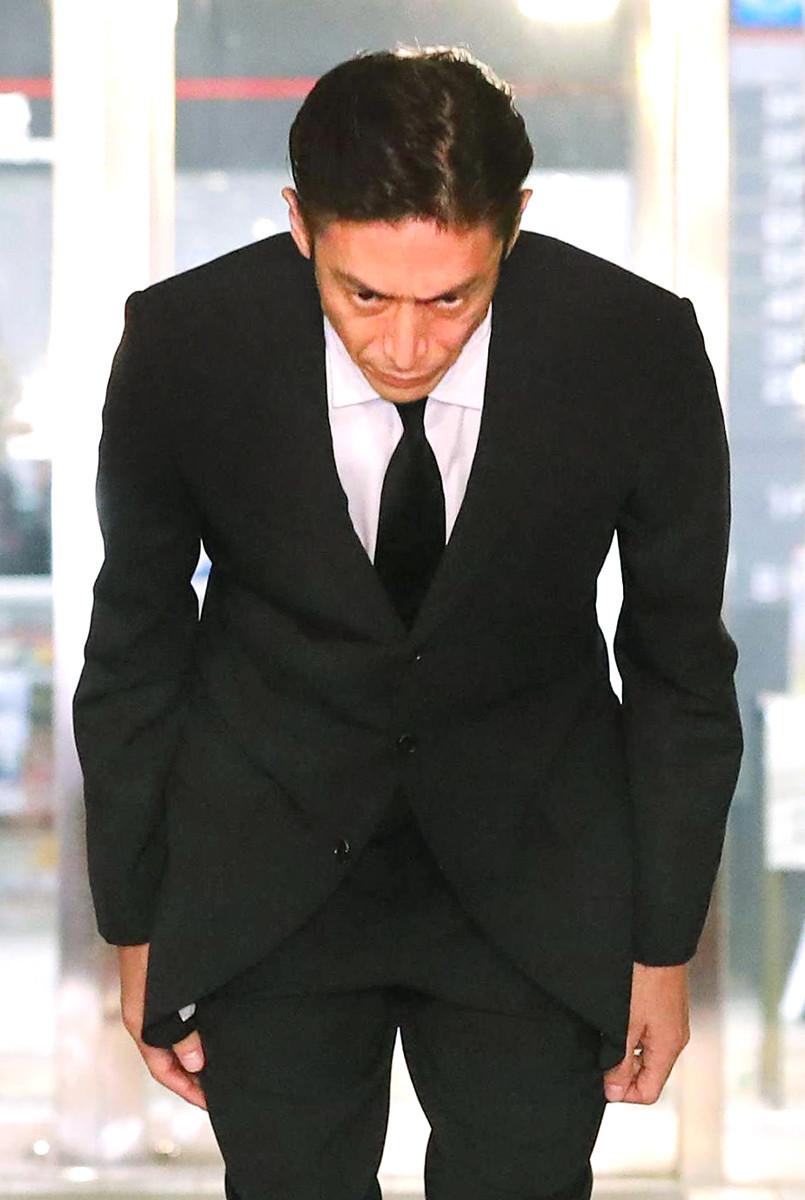 釈放 伊勢谷 友介
