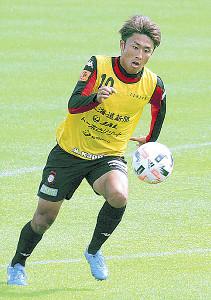 練習で攻撃センスをアピールする札幌MF檀崎