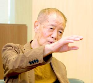 社長室で取材に応じた角川春樹氏は自ら監督した「みをつくし料理帖」の撮影を振り返った(カメラ・竜田 卓)