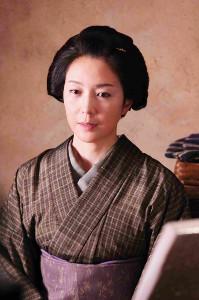 「芳のイメージにぴったり」と角川監督をうならせた若村麻由美