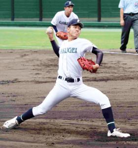 岡山学芸館の仲村竜は7回途中3失点で降板した