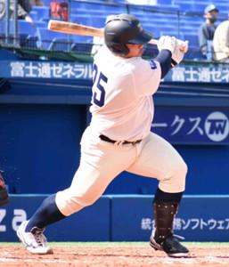 「4番・三塁」で先発出場した桐蔭横浜大・渡部健人内野手