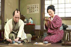藤井隆は憧れだった薬師丸ひろ子と夫婦役を演じた