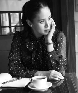 映画「みをつくし料理帖」の主題歌「散りてなお」を歌う手嶌葵