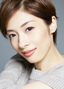 NHKの次期連続テレビ小説「おちょやん」への出演が決まった元花組トップスター・明日海りお