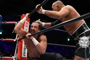 石井智宏に敗れ、優勝決定戦進出を逃したジェイ・ホワイト(新日本プロレス提供)