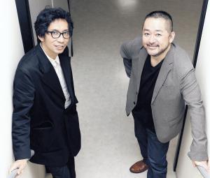 「関西演劇祭」で2年連続で審査員を務める行定勲氏(左)と西田シャトナー氏