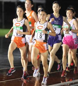 関東地区予選で快走する中大・風間歩佳〈18〉
