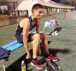 駿河台大の30歳の学生ランナー今井隆生。ゴール後、厳しい表情でレースを振り返った