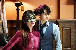 「ルパンの娘」主演の深田恭子(左)と、瀬戸康史(C)フジテレビ