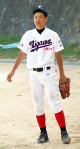 仁川学院高1年時の近大・佐藤輝明。現在よりも体が細かった(仁川学院高提供)