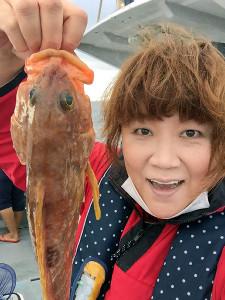 高級魚のキジハタを釣り上げて喜ぶ邦ちゃん