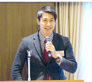 発表会に出席した飯塚翔太