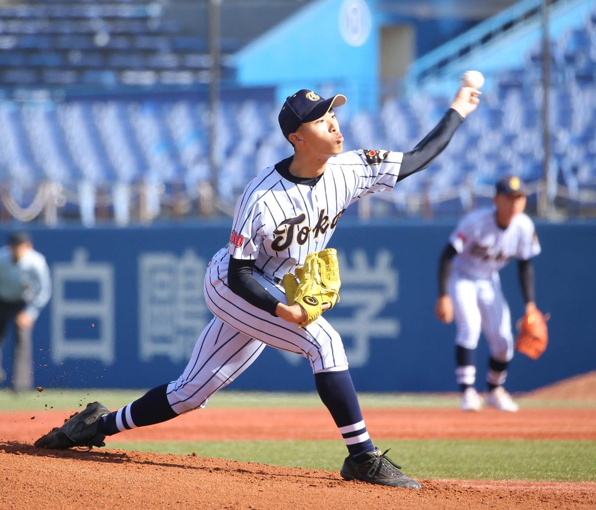 決勝戦で先発した東海大菅生の本田は、7回を1失点に抑えた(カメラ・泉 貫太)