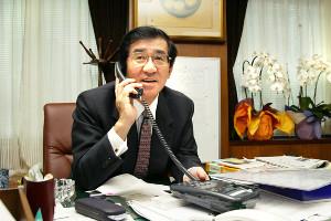 社長室への社員の立ち入りも歓迎した岡田裕介さん