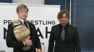 潮崎豪(左)と中嶋勝彦