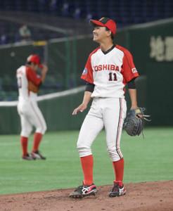 4回無死、左中間に先制のソロ本塁打を浴びた東芝先発の岡本拓也