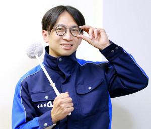 掃除に懸ける思いを熱心に語る佐藤満春(カメラ・橘田 あかり)