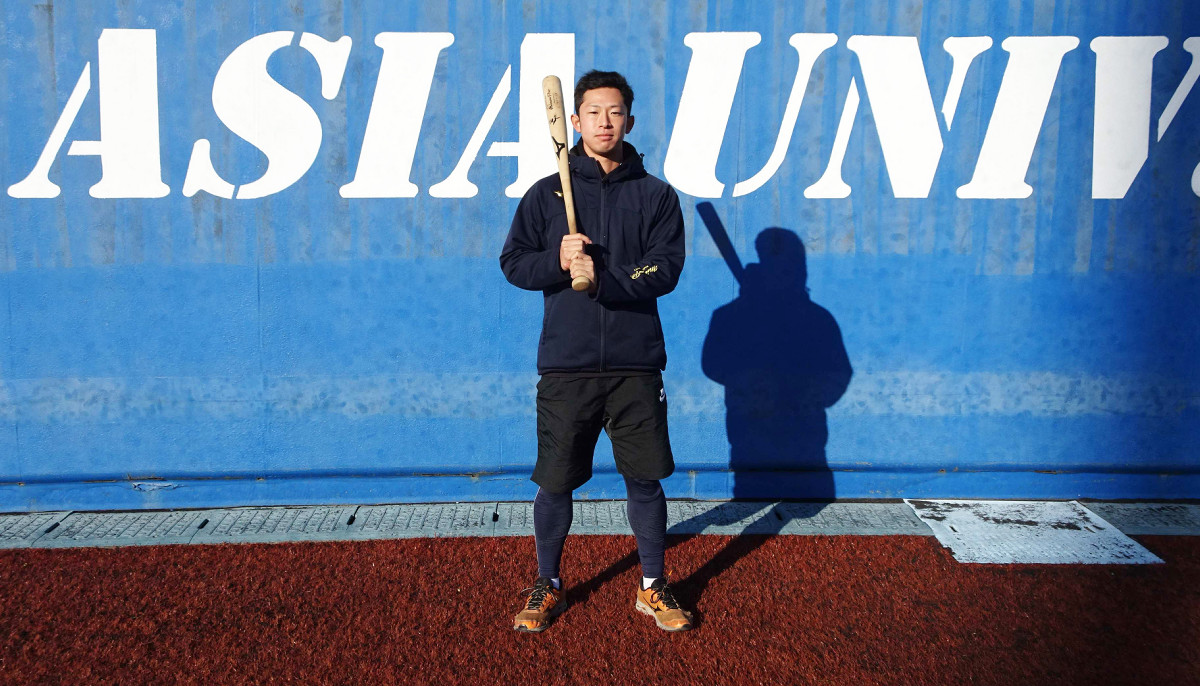 4年秋にリーグ戦デビューを果たして活躍した亜大・広瀬