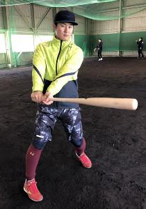 東日本大震災から10年を迎える節目のシーズンへの意気込みを語った楽天・銀次(球団提供)