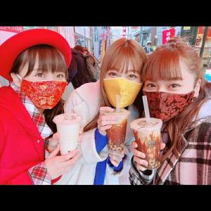 ツアーロケのオフショット 左から)渡邊渚アナ、生見愛瑠、平祐奈(平祐奈のアメーバオフィシャルブログより)