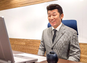 奈良・橿原市の亀田市長とオンライン対談をするDeNA・三浦大輔監督(DeNA提供)