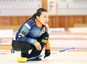 1月16日、北海道選手権で指示を出すロコ・ステラの本橋
