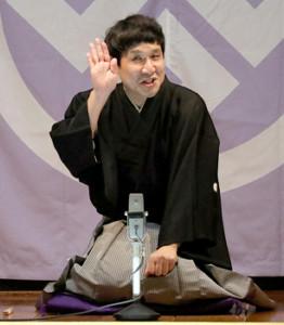 新宿末広亭でトリを務めた瀧川鯉八(19年10月の真打ち昇進披露興行)