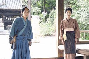 「青天を衝け」で夫婦役を演じる吉沢亮と橋本愛