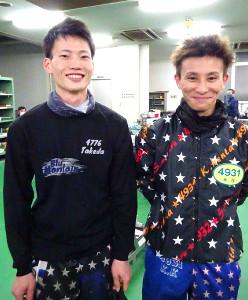 前節でデビュー初Vを飾った竹田(左)と木谷