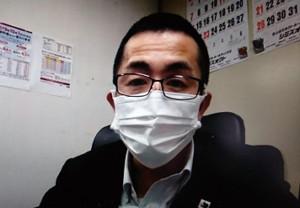 記者会見に応じる新田渉世JPBA事務局長