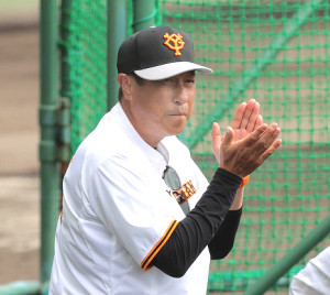 巨人の宮本和知投手チーフコーチ