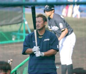 打ち上げ前の練習で厳しい表情の中田翔