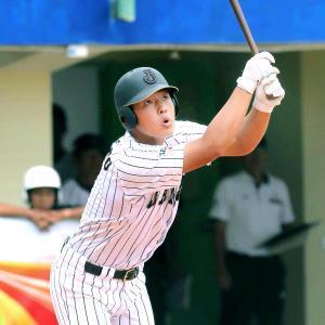 14年9月に行われたU―18アジア野球選手権には、現巨人4番の岡本和真(智弁学園)も出場していた