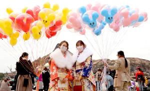TDSで開催された浦安市成人式に出席した新成人たち