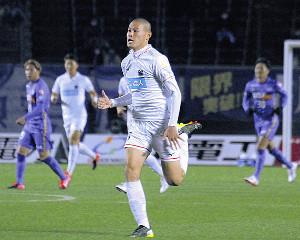 広島戦でリーグデビューした札幌FW中島